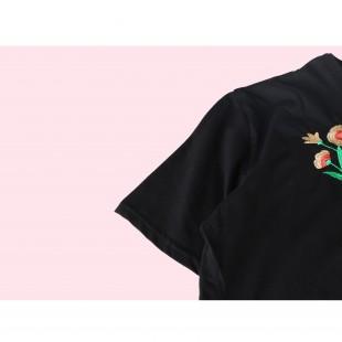 تیشرت گلدار