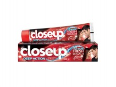 خمیردندان کلوزآپ Deep Action Red وزن 150 گرم
