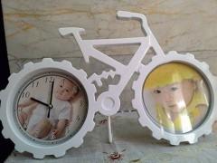 ساعت و قاب عکس رومیزی طرح دوچرخه