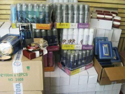 قاچاق عطر از مرز ها یک مشکل جدی برای کسبه دارای مجوز است
