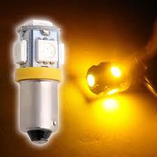 یک جفت لامپ سرپیچ کوچک زرد  BA9S