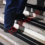 anti slip -nonslip-adhesive-tape-m&m enterprises iran- نوار خودچسب - geely.shopfa.com09391203942-ضد لغزش در ایران (110).jpeg