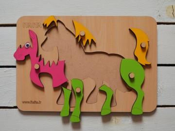 پازل چوبی اسب دکمه دار