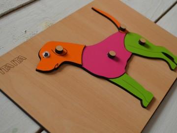 پازل چوبی سگ دکمه دار