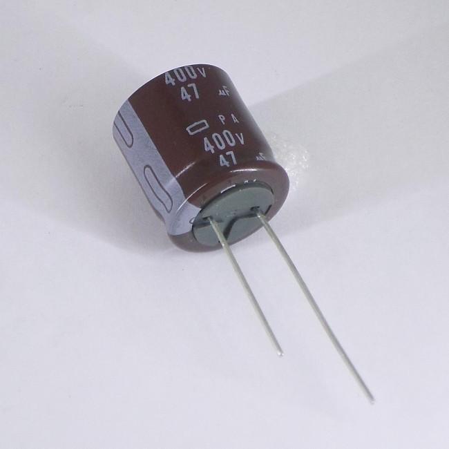خازن 47 میکروفاراد 400 ولت