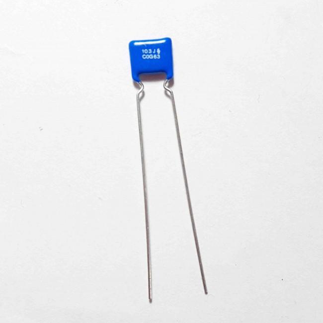 خازن پلی استر 5%± 10nF 63V  (بسته 10 عددی)