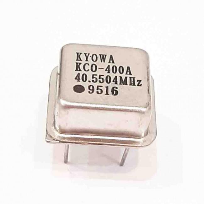 کریستال اسیلاتور  40.5504MHZ پایه دار مربعی، بسته بندی DIP8