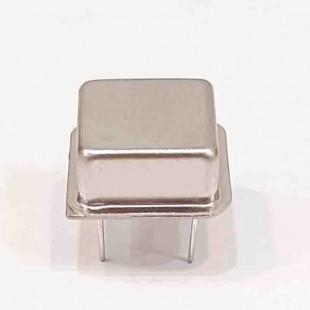 کریستال اسیلاتور  16.384MHZ پایه دار مربعی، بسته بندی DIP8