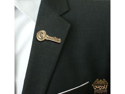 بج سینه طلایی با طرح اختصاصی