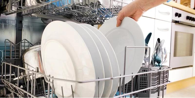 چه ظروفی را نباید در ماشین ظرفشویی گذاشت؟