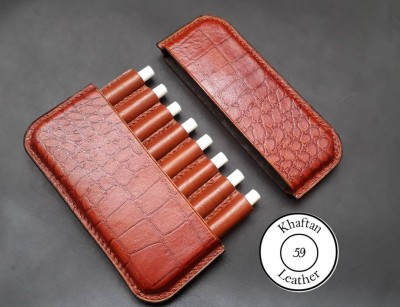 کیف سیگار چرم طبیعی ظرفیت هشت نخ طرح دار به همراه فندک