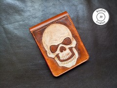 کیف پول حکاکی شده با دست طرح جمجمه