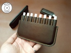 کیف سیگار چرم طبیعی ظرفیت هشت نخ به همراه فندک