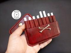 کیف سیگار چرم طبیعی ظرفیت هشت نخ طرح جمجمه