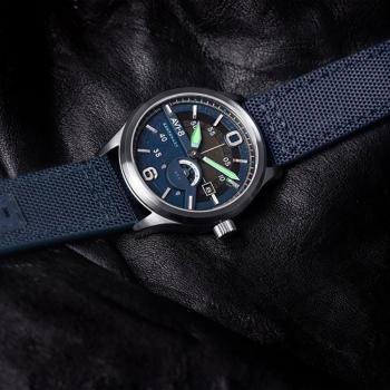 ساعت مچی عقربه ای مردانه AVI-8 مدل AV-4061-02