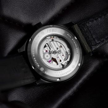 ساعت مچی عقربه ای مردانه AVI-8 مدل AV-4061-03
