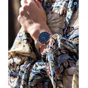 فروش ساعت مچی زنانه برند کومو میلانو مدل CM013.305.1RG