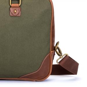 کیف دستی برند AVI-8