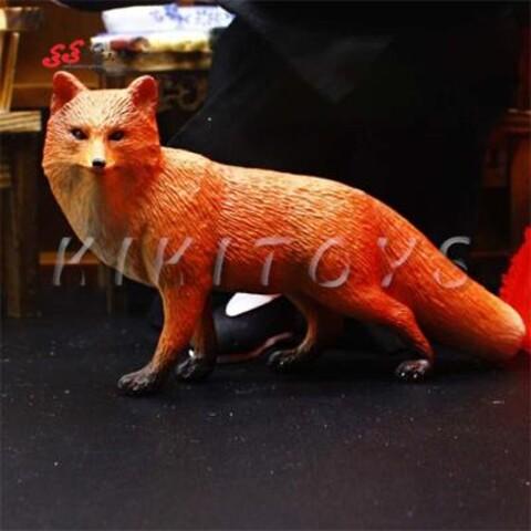 فیگور حیوانات روباه قرمز fiqure of fox