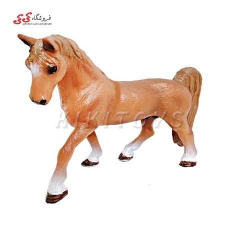 فیگور حیوانات اسب قهوه ای fiqure of horse