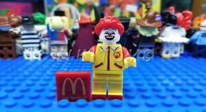 لگو ساختنی قهرمان خاص رونالد مک دونالد -LEGO Ronald McDonald