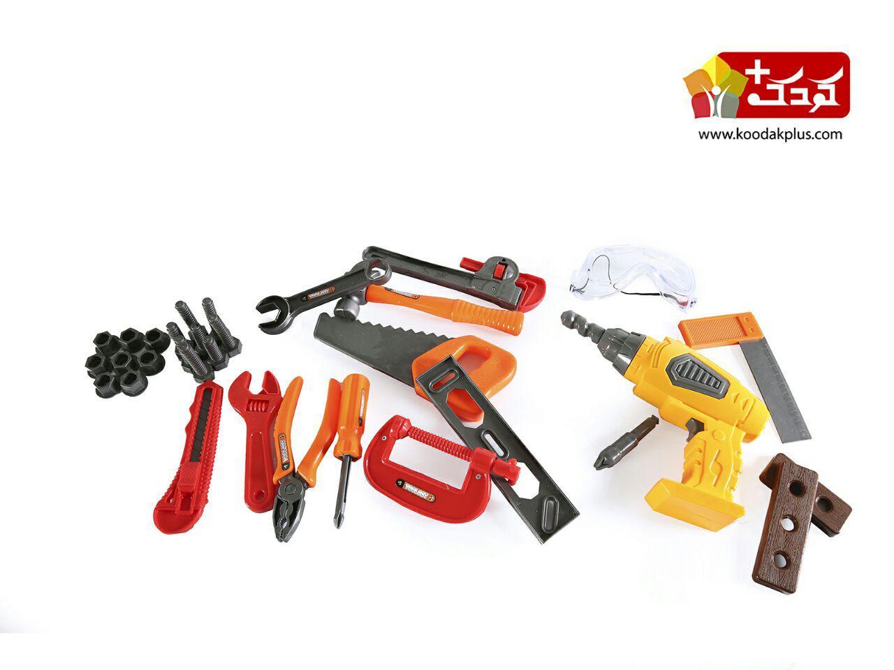 ست ابزار همراه با میز چرخ دار