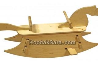اسباب بازی اسب چوبی