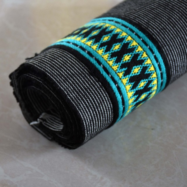 نوار دست دوز سنتی بلوچی طول 100 و عرض 5.5 سانت مدل NVR-02
