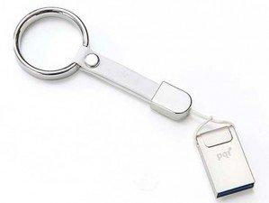 Pqi i-Neck 8GB flash memory