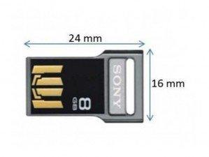 Sony MicroVault USM8GV 8GB flash memory