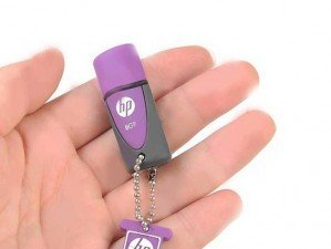HP V245L 8GB flash memory