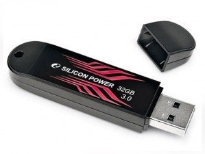 فلش مموری Silicon Power B10 USB 3.0 32G