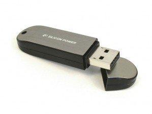 فلش مموری Silicon Power LuxMini 910 4GB