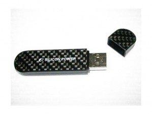 silicon-power-luxmini-920-32g-flash-memory