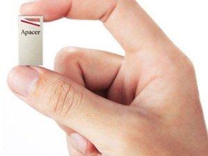 Apacer AH112 USB Flash Memory - 8GB