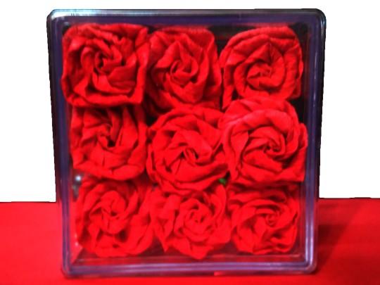 باکس هدیه گل رز