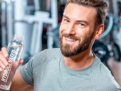 اهمیت مصرف آب در ورزشکاران