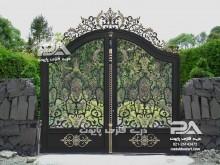 درب فرفورژه دار برای ورودی باغ و ویلا مدل لاله