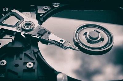 سیگیت به عنوان نخستین شرکت به رکورد عرضه 3 زتابایت هارد درایو دست یافت