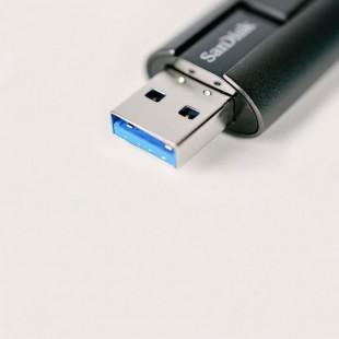 فلش مموری سن دیسک مدل EXTREME GO CZ880 ظرفیت 128 گیگابایت