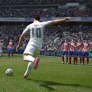 بازي Fifa 17 مخصوص PC
