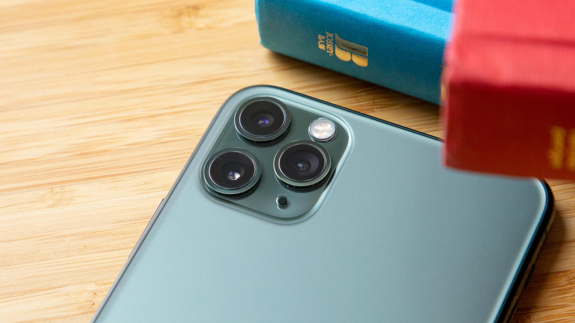 گوشی موبایل اپل مدل iphon 11 pro دو سیم کارت ظرفیت 64 گیگابایت