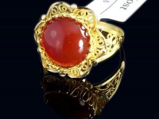 انگشتر طلا و سنگ عقیق