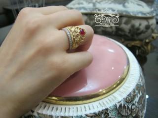 انگشتر تاج طلا