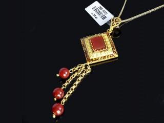 مدال طلا و سنگ عقیق