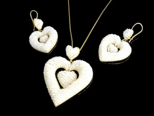نیم ست طلا و مروارید خشخاشی طرح قلبی