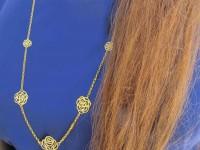 رو لباسی طلا طرح رز با زنجیر ضخیم