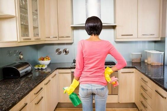 بهترین روش برای تمیز کردن کابینت