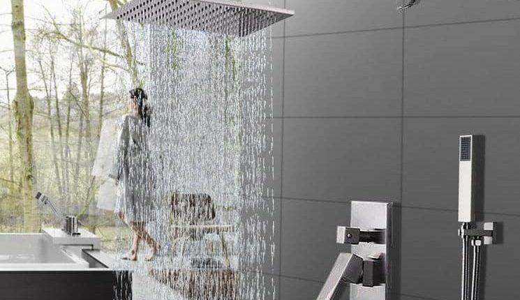 با انواع دوش های مدرن و لاکچری حمام آشنا شوید