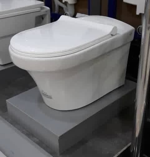 توالت وال هنگ گلسار مدل هلیا